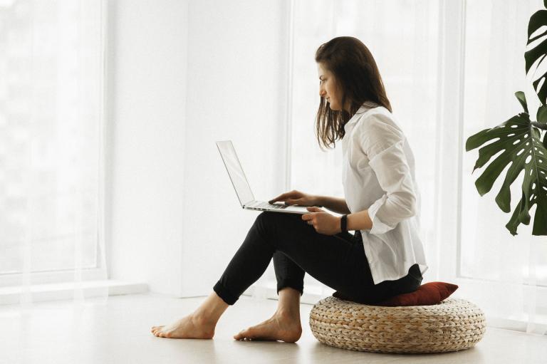 Jak sedět u počítače zdravě?